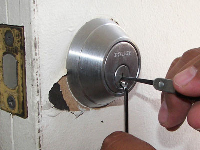 Non Destructive Locksmith Access